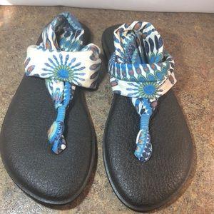 Brand new Sanuk sling sandals. Size 10